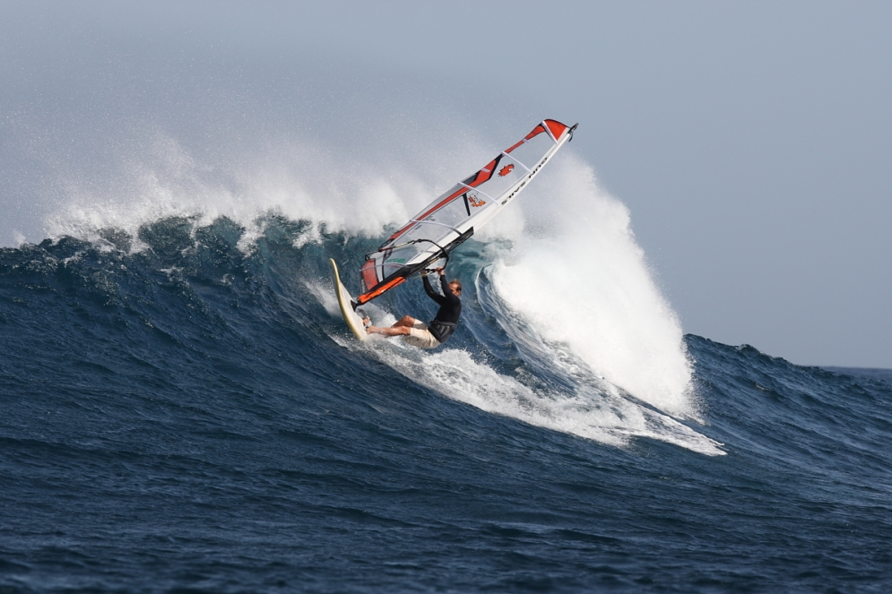 Windsurf waveJPG
