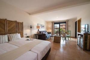 2241284-Pierre-amp-Vacances-Village-Club-Fuerteventura-OrigoMare-Hotel-Exterior-6-DEF